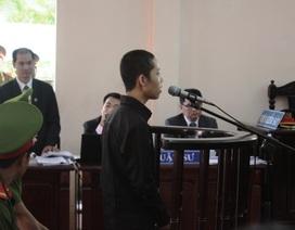 Học sinh lớp 8 tạt axit trưởng công an xã bị phạt 2 năm 6 tháng tù
