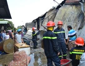 Cháy chợ giữa trưa, gần 10 ki ốt thiệt hại