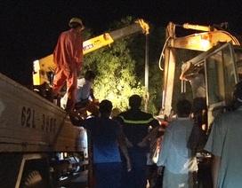 Vụ xe chở công nhân lao xuống ruộng làm 2 người chết: Tài xế ra trình diện