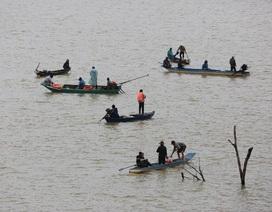 150 chiến sĩ đội mưa tìm 3 người mất tích