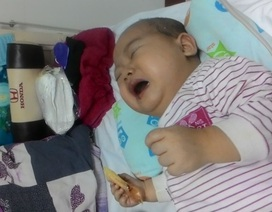 Xót xa bé mới 1 tuổi đã mắc bệnh ung thư máu hiểm nghèo