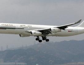 Hành khách nhảy ra khỏi máy bay để thoát thân