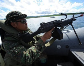 Philippines nghiên cứu hiệp ước quân sự với Singapore