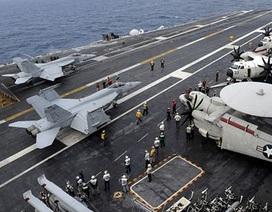 Siêu tàu sân bay Mỹ phô diễn sức mạnh trong tập trận