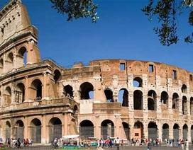 Sau Tháp nghiêng Pisa, đến lượt Đấu trường La Mã cũng bị nghiêng