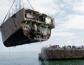 """Cận cảnh tàu chiến 277 triệu """"đô"""" bị phá thành từng mảnh"""
