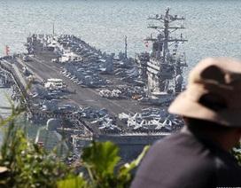 Siêu tàu sân bay Mỹ cập cảng Hàn Quốc để tập trận chung