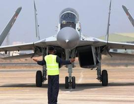 """Hải quân Ấn Độ biên chế phi đội """"báo đen"""" MiG-29K"""