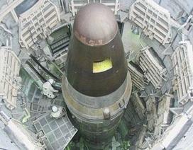 """Trung Quốc """"lạnh gáy"""" trước viễn cảnh bị bao vây bởi vũ khí hạt nhân"""