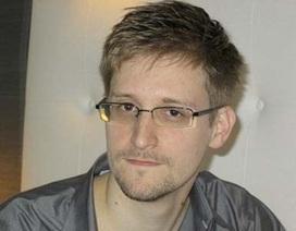 """Các """"đại gia"""" internet bị kiện vì Snowden"""