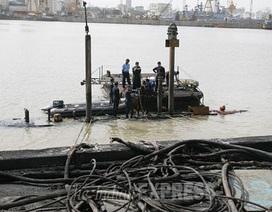 Ấn Độ: Bùn đã tràn vào tàu ngầm gặp nạn