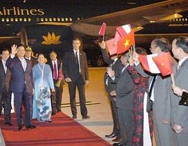 Thủ tướng Nguyễn Tấn Dũng tới Paris