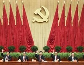 """Trung Quốc: Cách mạng hay """"dò đá qua sông""""?"""