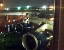Máy bay Anh xé toạc tòa nhà ở Nam Phi