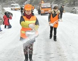 Làm gì để đảm bảo an toàn khi tuyết rơi?