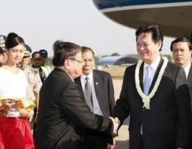Thủ tướng bắt đầu chuyến thăm làm việc ở Campuchia