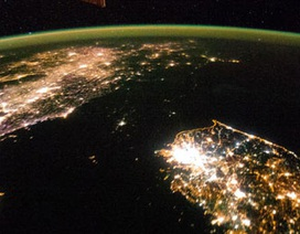 Hai miền Triều Tiên tương phản nhìn từ vũ trụ
