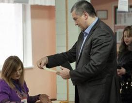 Người Crimea nô nức đi bỏ phiếu trong sự kiện lịch sử