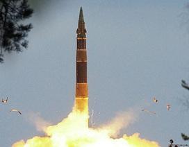 Nga thử tên lửa đạn đạo giữa căng thẳng Ukraine