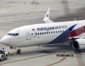 Vì sao hành khách máy bay Malaysia không dùng điện thoại di động?