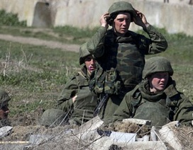 Lực lượng thân Nga chiếm 3 căn cứ quân sự tại Crimea