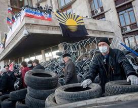 """Miền đông Ukraine và """"cơn ác mộng Crimea"""" với Kiev"""