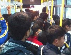 Nữ sinh sợ hãi vì bị sàm sỡ trên xe buýt