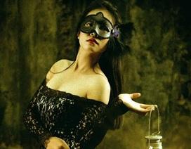 Hoa khôi ĐH Nội vụ ma mị, quyến rũ trong bộ ảnh cosplay