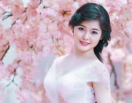 Những ứng viên Hoa khôi xinh đẹp trường Kinh doanh Công nghệ