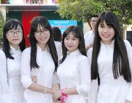 """Lưu luyến lễ Tri ân và trưởng thành của học sinh """"trường Phan"""""""