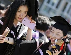 Nữ sinh Học viện Điện ảnh Bắc Kinh rạng ngời ngày tốt nghiệp