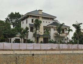 Nguyên PCT Vĩnh Phúc chiếm đất xây biệt thự: Chưa xử lý vì chưa xin được... chữ ký