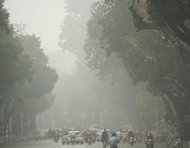 Sương mù dày đặc bao phủ Hà Nội