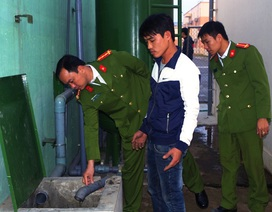 Doanh nghiệp dùng bơm chìm bí mật xả thải ra môi trường