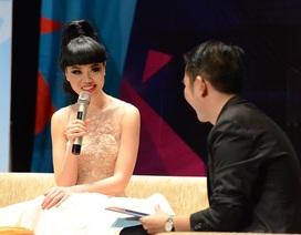 Siêu mẫu Jessica Minh Anh:  SV Việt cần tự tin, tự lập hơn