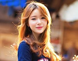 Nữ sinh Sài Gòn xinh đẹp dịu dàng trong ánh hoàng hôn