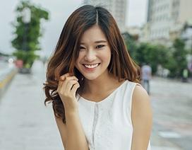 Ngắm Hoàng Yến Chibi đáng yêu trên phố đi bộ Sài thành