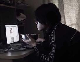 """Phim ngắn ám ảnh """"cơn nghiện"""" mạng xã hội của giới trẻ"""