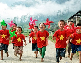 Màu cờ Tổ quốc trong những trái tim tuổi trẻ