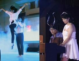Xem nữ sinh Chu Văn An múa điệu nghệ với vòng và dải lụa