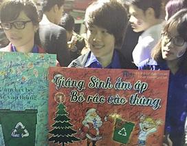 Hành động đẹp và chưa đẹp của giới trẻ Hà Nội đêm Giáng sinh