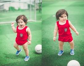 Mẫu nhí đáng yêu cổ vũ tuyển Bồ Đào Nha trước trận đấu với Ba Lan