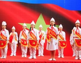 Thầy trò trường tiểu học Phan Chu Trinh nô nức kỉ niệm 70 năm ngày thành lập