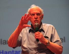 Giáo sư đoạt giải Nobel Vật lý giao lưu với giới trẻ Bình Định