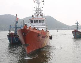 Ứng cứu kịp thời tàu cá cùng 9 ngư dân bị chìm trên biển