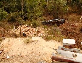 Xe tải lao xuống vực sâu 30 mét, tài xế chết thảm