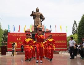 Bình Định: Gần 1.000 võ sư, võ sinh dâng hương Hoàng đế Quang Trung