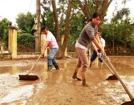 Bình Định: Lũ đi qua, học sinh không sách vở đến trường