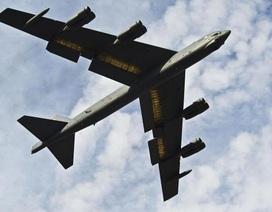 """Mỹ lần đầu cho """"pháo đài bay"""" B-52 xuất kích tiêu diệt IS"""