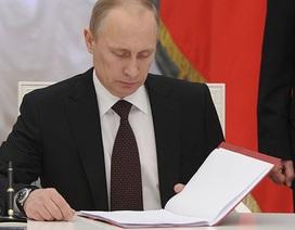 """Tổng thống Putin ký luật """"xử lý"""" nghị sĩ trốn họp"""